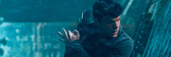 star-trek-into-darkness-zachary-quinto-slice